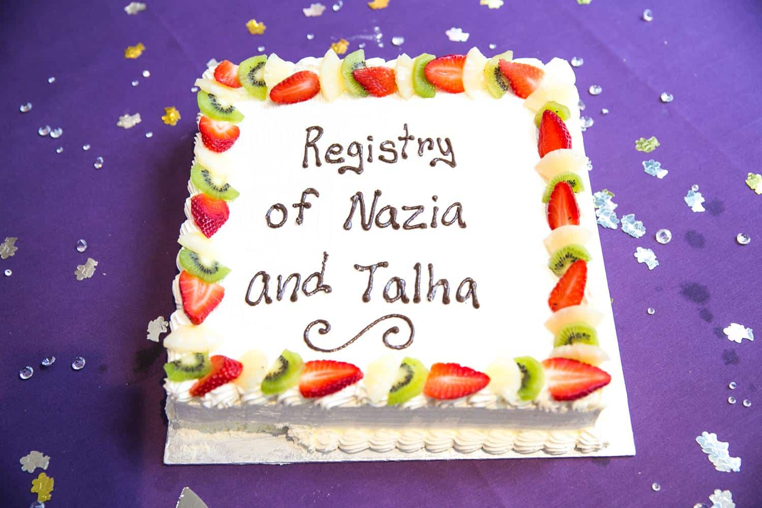 Registry Photography of cake by MAKSAM Photography