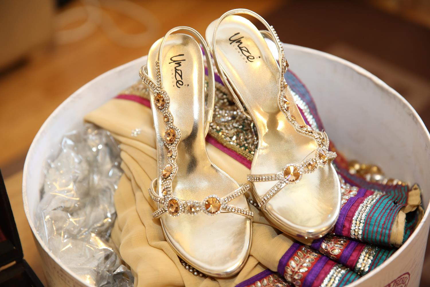 Asian Bridal shoes for Indian Wedding by MAKSAM Photography